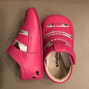 Brand new pink leather baby shoes